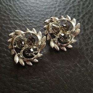 VTG BSK clip on earrings